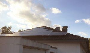 Während die Solarlobby sich im Lichte ihrer Subventionen sonnt, bleibt der Steuerzahler im Regen stehen